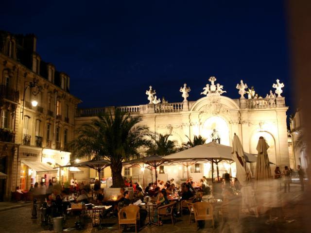 Ambiance Place Vaudémont De Nuit