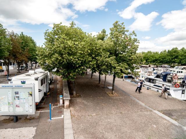 Aire de camping car - Port de plaisance Nancy